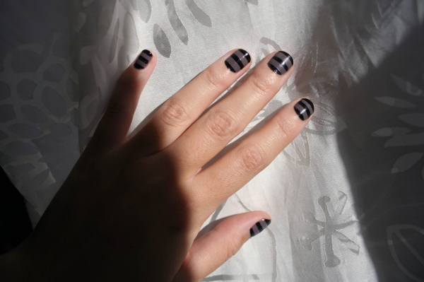nail art rayé 2 - don't mess with the rabbit